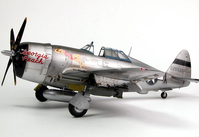 TAMIYA 1//48 AIRCRAFT P-47D THUNDERBOLT /'RAZORBACK/'